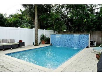 Swimming pool Fort Lauderdale home for sale