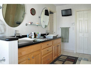 Bathroom in Wilton Manors home for sale