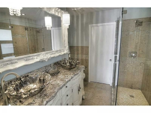Bathroom in Fort Lauderdale home for sale