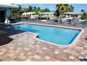 Wilton Manors pool home for sale