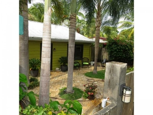 home with cottage for sale wilton manors