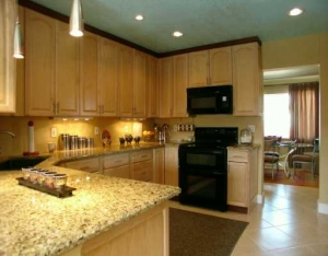 upgraded kitchen in oakland park home for sale