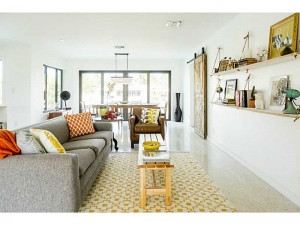 Living space Wilton Manors real estate