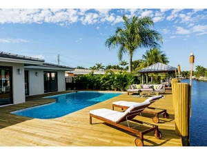 Waterfront modern homes Wilton Manors