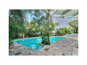Pool Fort Lauderdale luxury real estate