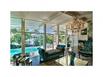 Las Olas luxury real estate