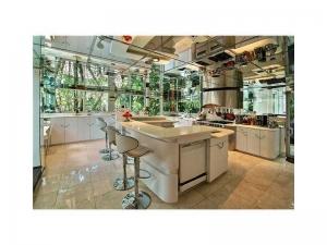 kitchen Las Olas luxury home for sale