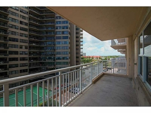 Fort Lauderdale high rise condos for sale
