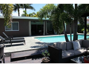 Oakland Park waterfront home for sale