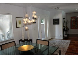 Dining room Oakland Park home for sale