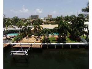 Waterfront luxury Fort Lauderdale real estate